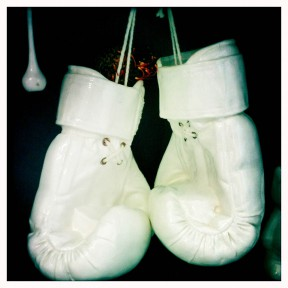 Soetkoekie ceramic boxing gloves