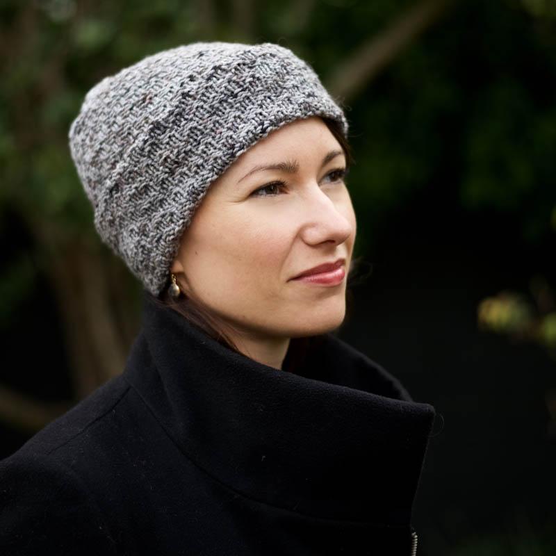 cowgirlblues Hamburg DK wool hand knit beanie free pattern