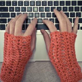 Speedy-fingerless-gloves
