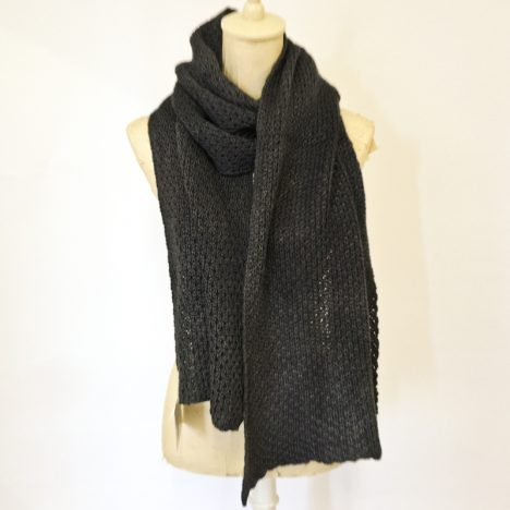 cowgirlblues-merino-wool-handdyed-scarf-charcoal